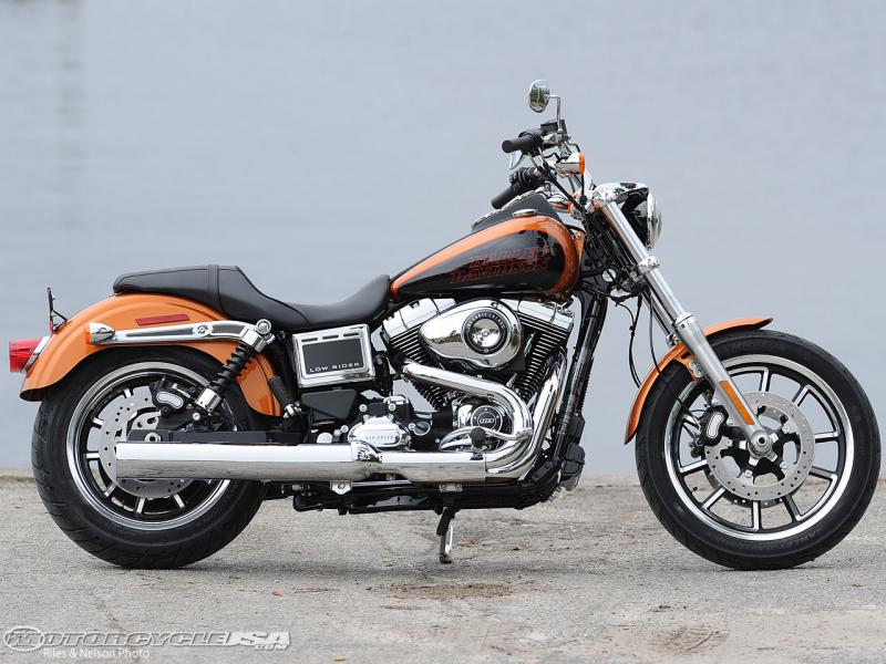 Click image for larger version  Name:2014-Low-Rider-right-side.jpg Views:2147 Size:81.2 KB ID:166481