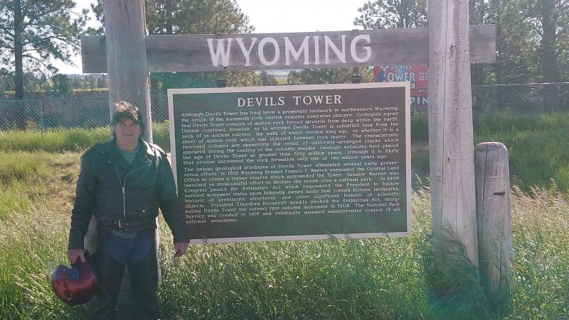 Click image for larger version  Name:6-2019 55 Devil's Tower.jpg Views:18 Size:91.3 KB ID:246080