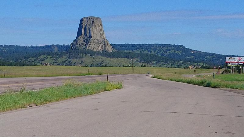 Click image for larger version  Name:6-2019 57 Devil's Tower.jpg Views:20 Size:51.2 KB ID:246078
