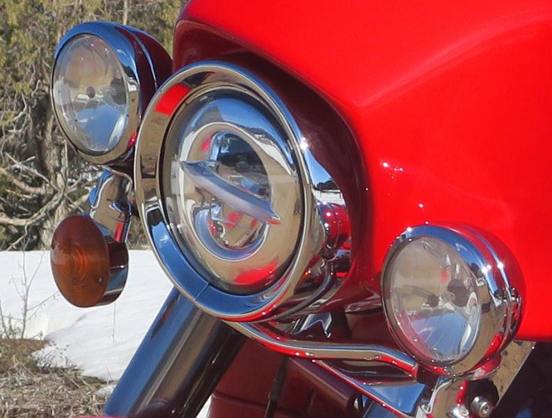 Click image for larger version  Name:Headlight.jpg Views:54 Size:73.0 KB ID:245096