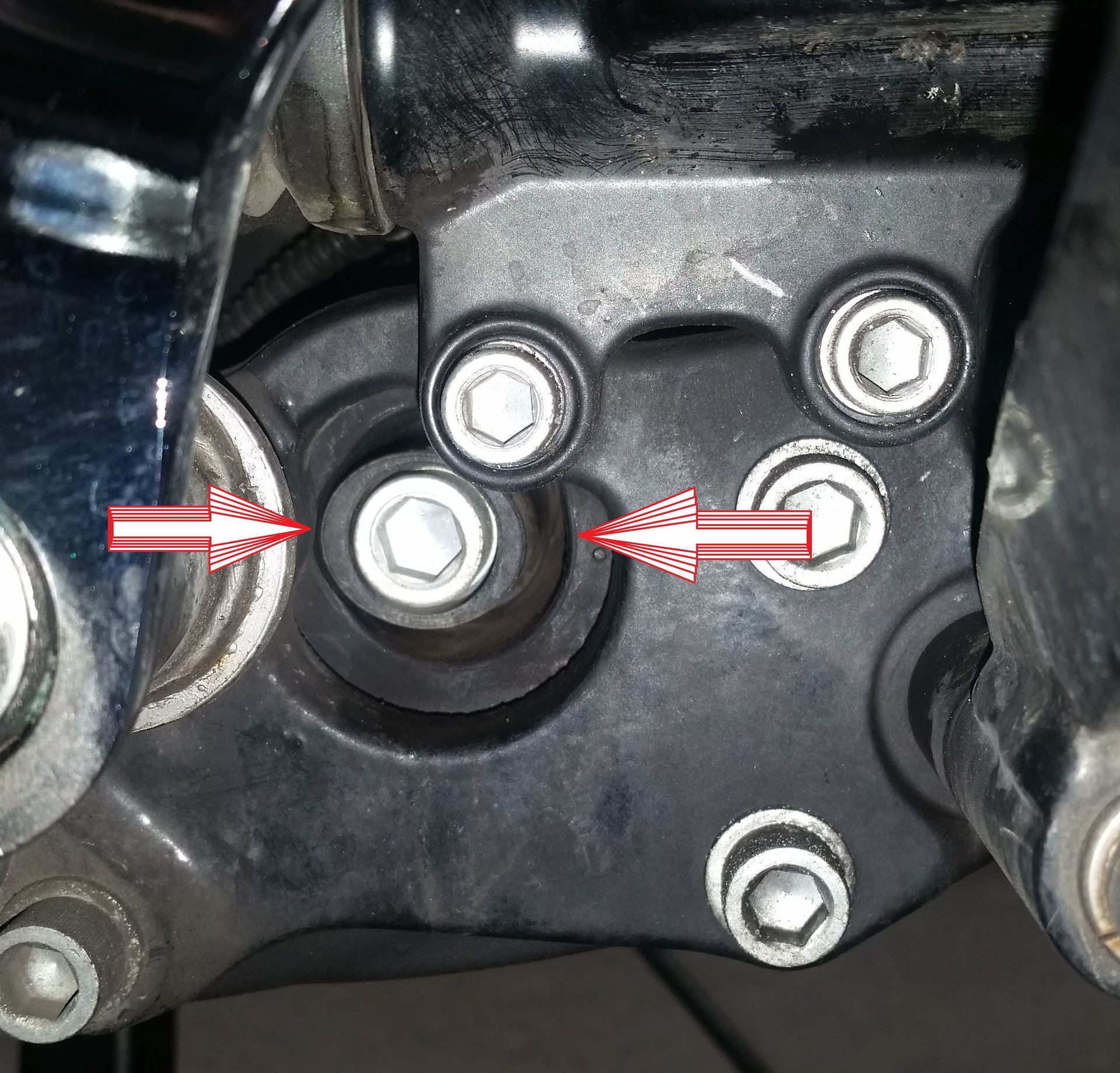 2009-2016 Right front motor mount alignment poll | V-Twin Forum