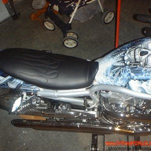 v-rod custom seats