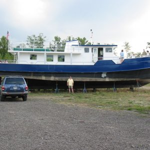 Stan & Laura's 68 ft. conversion project