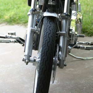 Kuryakyn HiWay pegs for Wide Glide
